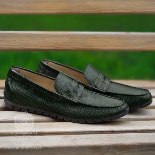 Кожаные мокасины зеленого цвета с вставками из крокодиловой кожи Suitium M9947